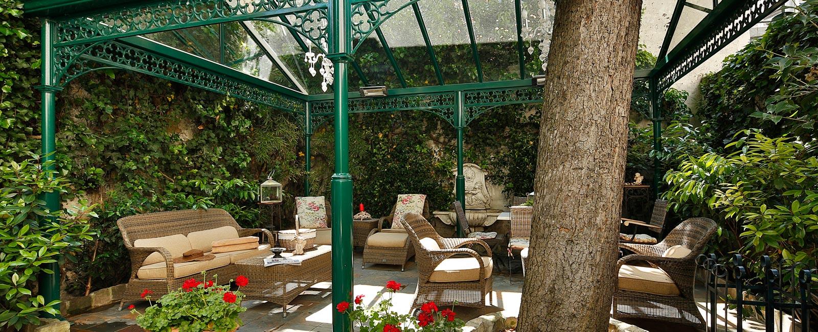 Salon De The Jardin Hotel Des Marronniers Paris